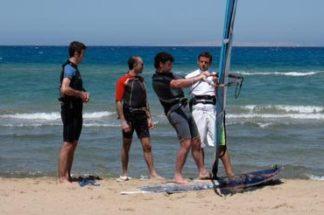 Schulung Windsurfen inkl. Boardmiete